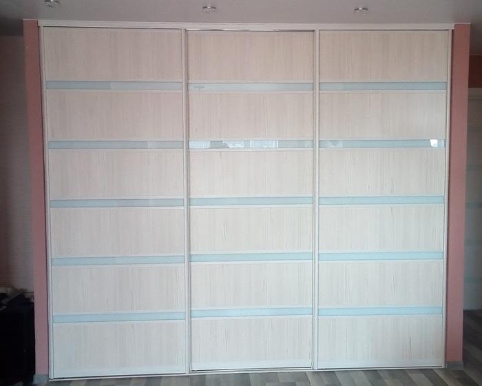 Белые шкафы-купе-Шкаф-купе из ЛДСП «Модель 35»-фото1