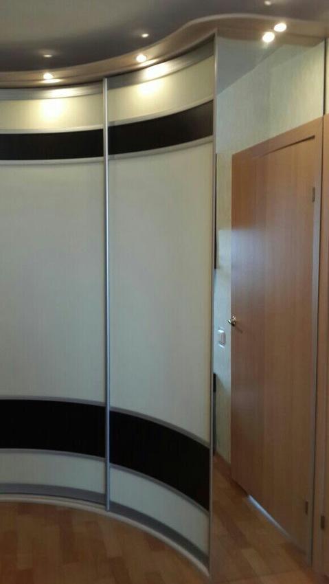 Белые шкафы-купе-Шкаф-купе из стекла Лакобель «Модель 399»-фото2