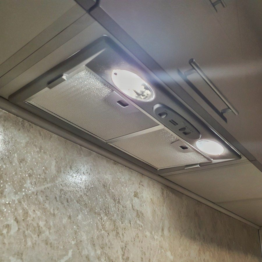 Бежевые кухни-Кухня МДФ в ПВХ «Модель 558»-фото4