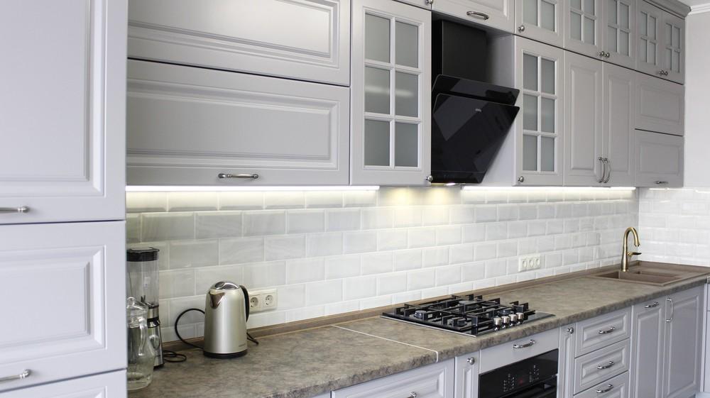 Белый кухонный гарнитур-Кухня МДФ в ПВХ «Модель 183»-фото3